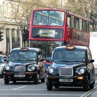 Los coches anteriores a 2006 tendrán que pagar 603 pesos diarios por circular en Londres