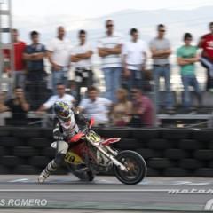Foto 34 de 63 de la galería albaida-despide-el-campeonato-de-espana-de-supermotard-2011 en Motorpasion Moto