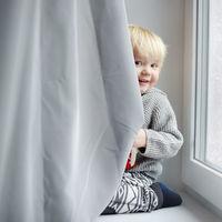 Prohíben la venta de cortinas y estores con cuerda en Estados Unidos, para evitar accidentes infantiles
