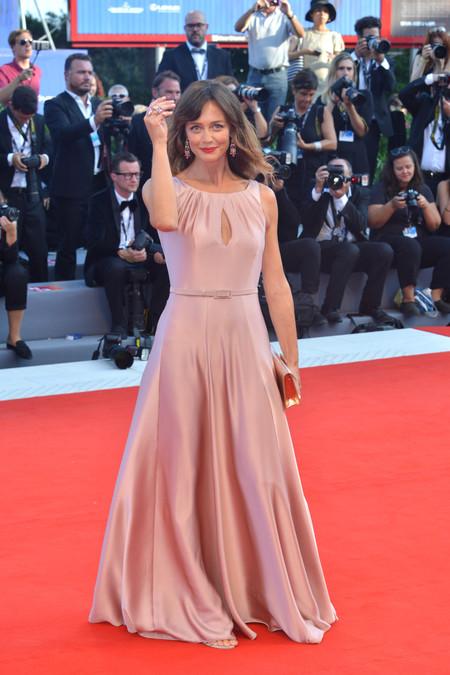 festival de cine de venecia celebrities look estilismo outfit francesca cavallin