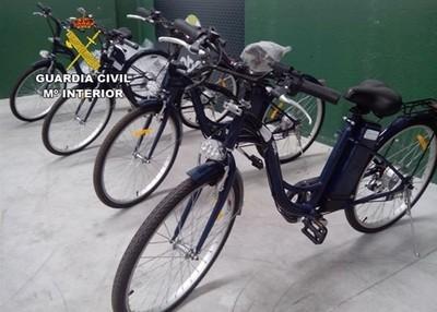 Dos detenidos por la falsificación de casi 300 motos y bicis eléctricas