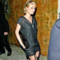 Paris Hilton con liguero
