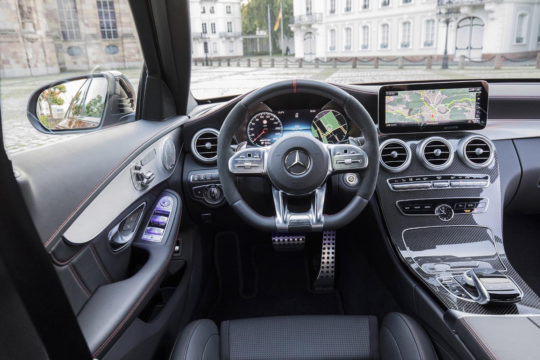 Foto de Mercedes-Benz Clase C 2018, toma de contacto (185/255)