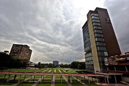 La UNAM es la mejor universidad de América Latina en humanidades e ingenierías según el ranking QS