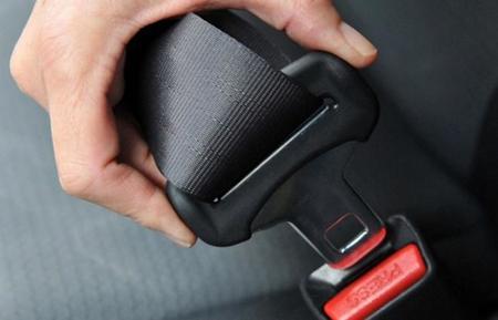 Tecnología y uso del cinturón de seguridad: guía del elemento que más vidas salva en un coche
