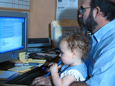 Más difícil todavía, trabajar desde casa con hijos pequeños, ¿de verdad es posible?
