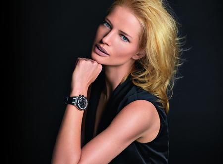 El cronógrafo Royal Oak de Audemars Piguet, un reloj potente y gráfico para mujeres dinámicas