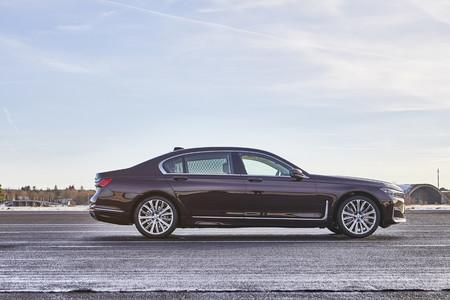 BMW 745e 2019