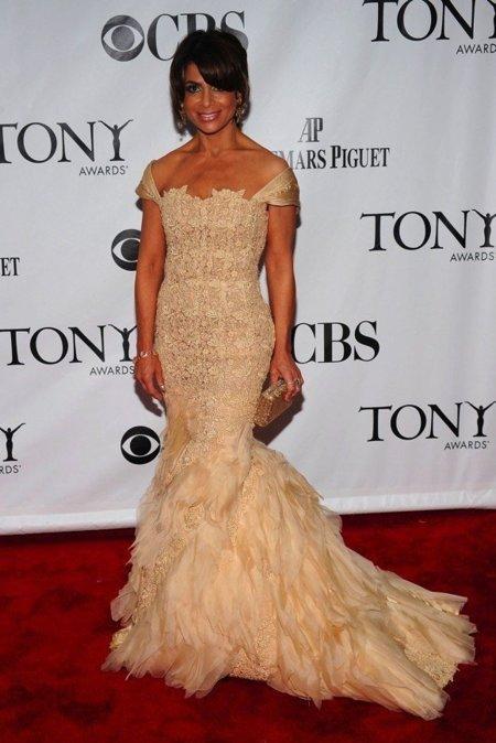 Todas las asistentes a los Tony Awards 2010: Paula Abdul
