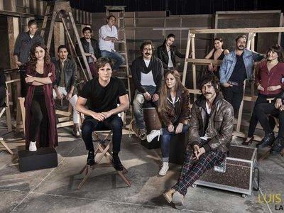 Netflix presenta al elenco que participará en la serie autorizada de la vida de Luis Miguel