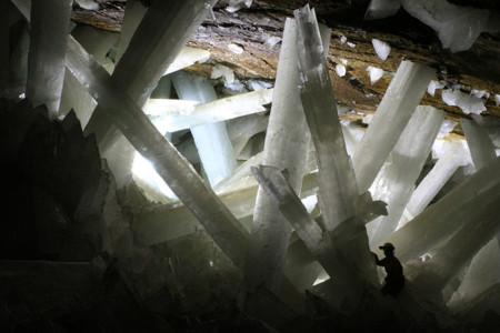 800px Cristales Cueva De Naica