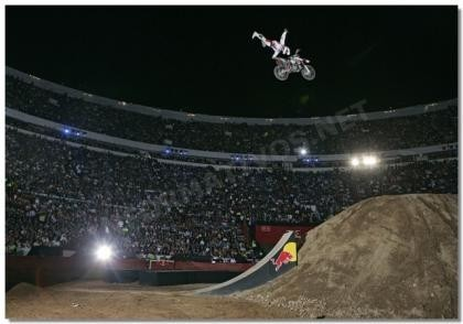 Dany Torres triunfa en la primera cita de la Red Bull X-Fighters 2007