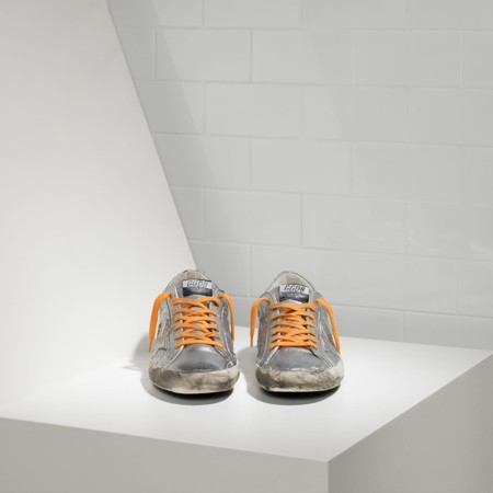 Golden Goose Sneaker 02