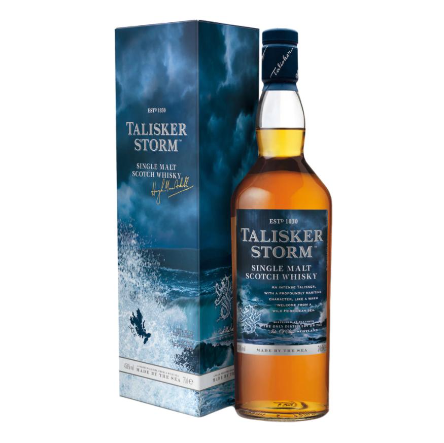 Whisky de Malta Talisker Storm. Elegante sabor y aroma, equilibrio entre el dulzor, el humo y la sal.