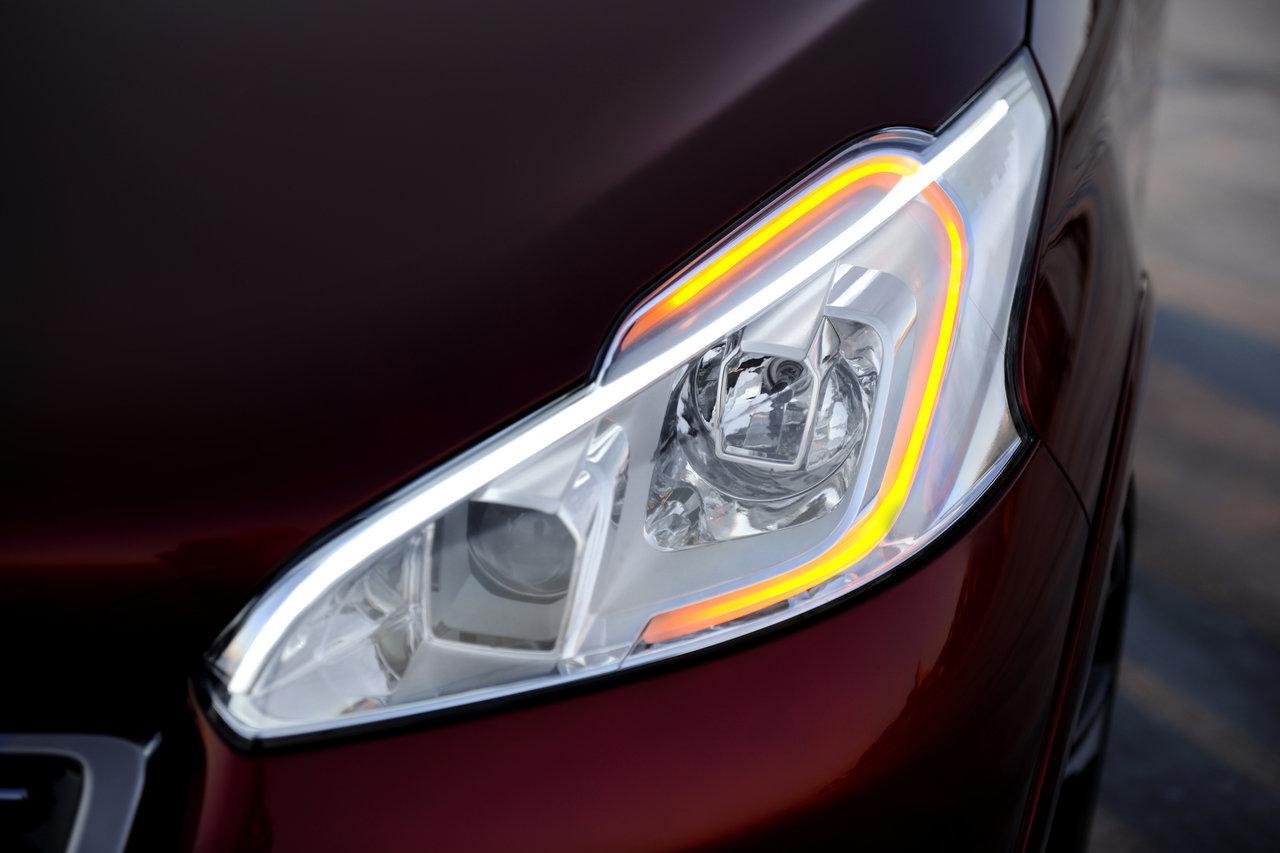 Foto de Peugeot 208 GTi Concept (9/21)