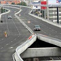 Si manejas un auto híbrido o eléctrico, tendrás derecho a un 20% de descuento en las autopistas urbanas