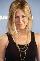 Jennifer Aniston se acorta la melena