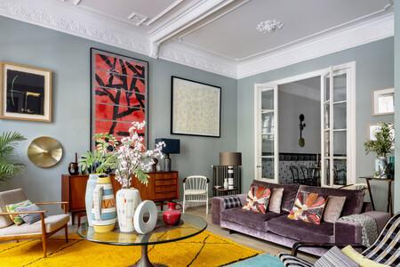 Un alegre piso en Barcelona de estilo clásico y algo retro (sí, es posible) gracias a la maestría del diseñador Mikel Irastorza