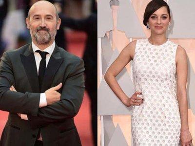 Javier Cámara con Marion Cotillard en 'Le mal de pierres'