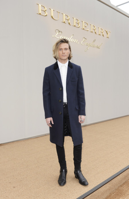 Dougie Poynter Wearing Burberry At The Burberry Menswear January 2016 Show