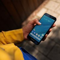 FairPhone 3: el teléfono sostenible y modular se renueva por dentro y por fuera