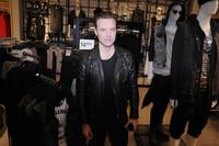 """""""Encuentro la inspiración en la calle"""", entrevistamos a Andreas Lowenstam, director creativo de H&M MAN"""