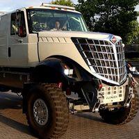 Este es el DKR3, un camión con 1.100 CV de potencia y aires de la II Guerra Mundial que quiere correr el Dakar