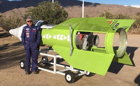 Un terraplanista se ha lanzado en un cohete casero para ver si la Tierra es plana. Así le ha ido