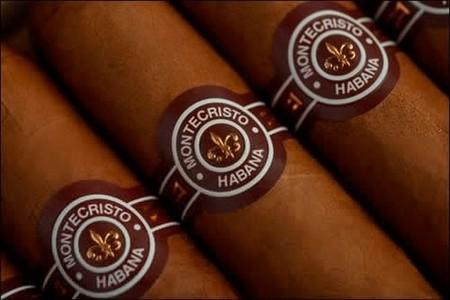 Montecristo Double Edmundo para Papá, un buen cigarro puro para el Día del Padre
