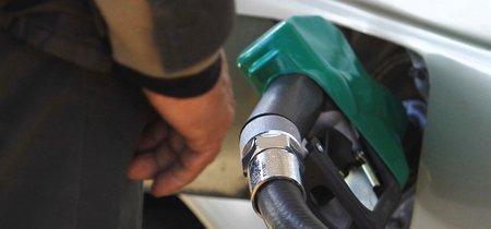 El gobierno de CDMX invita a cargar gasolina de acuerdo al engomado, este es el calendario que propone