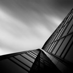 Foto 7 de 7 de la galería arquitectura-en-blanco-y-negro-por-kevin-saint-grey en Decoesfera