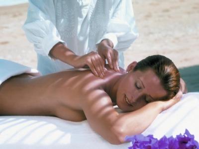 Los masajes en la playa no son muy recomendables