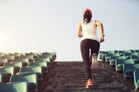 HIIT en escaleras: trabaja tu tren inferior con estos entrenamientos