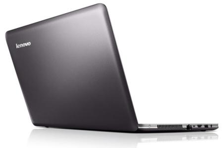 Lenovo Ideapad U510 desde atrás