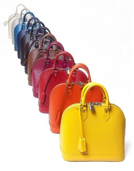 Louis Vuitton lanza 11 tonalidades nuevas en su colección Epi