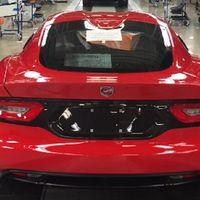 Sale de la línea de producción el último Dodge Viper. ¡La víbora se va por la puerta grande!