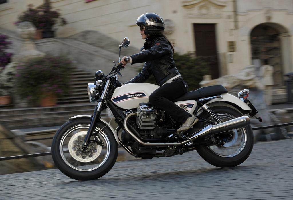 Foto de Moto Guzzi V7 Classic (30/42)