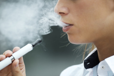 Cigarrillos electrónicos ¿una buena alternativa para dejar de fumar?