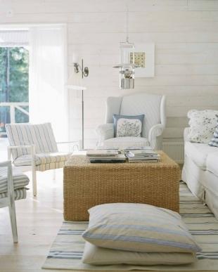 Foto de Puertas abiertas: un salón cómodo y bien aprovechado (1/4)