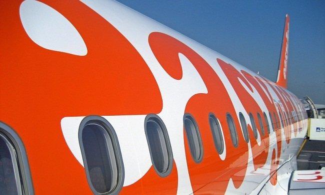 ¿Nueva guerra de precios en el segmento low-cost de la aviación civil?