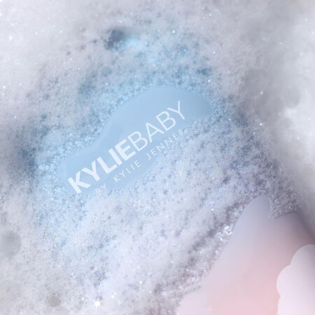 kylie baby cosmetica para bebes