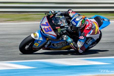Álex Márquez en Moto2 y Nicolò Bulega en Moto3 gobiernan con puño firme en los IRTA de Jerez