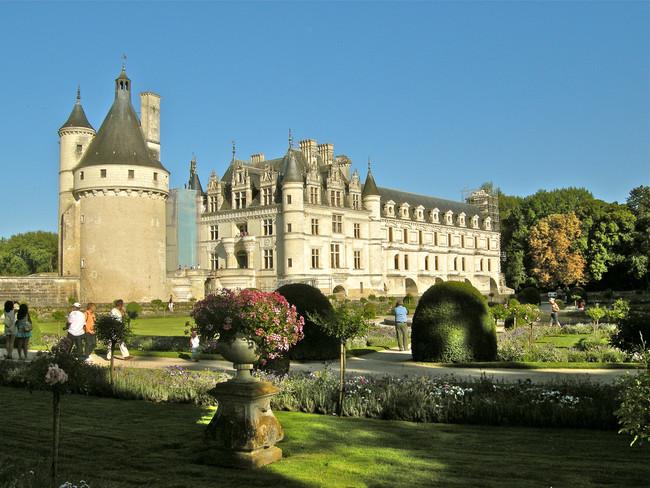 Compañeros de Ruta: desde los Castillos del Loira hasta Alfoz de Burgos pasando por la Abadía de Fontfroide