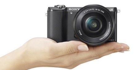 La diminuta cámara a5100 de Sony será más rápida para no perder detalles