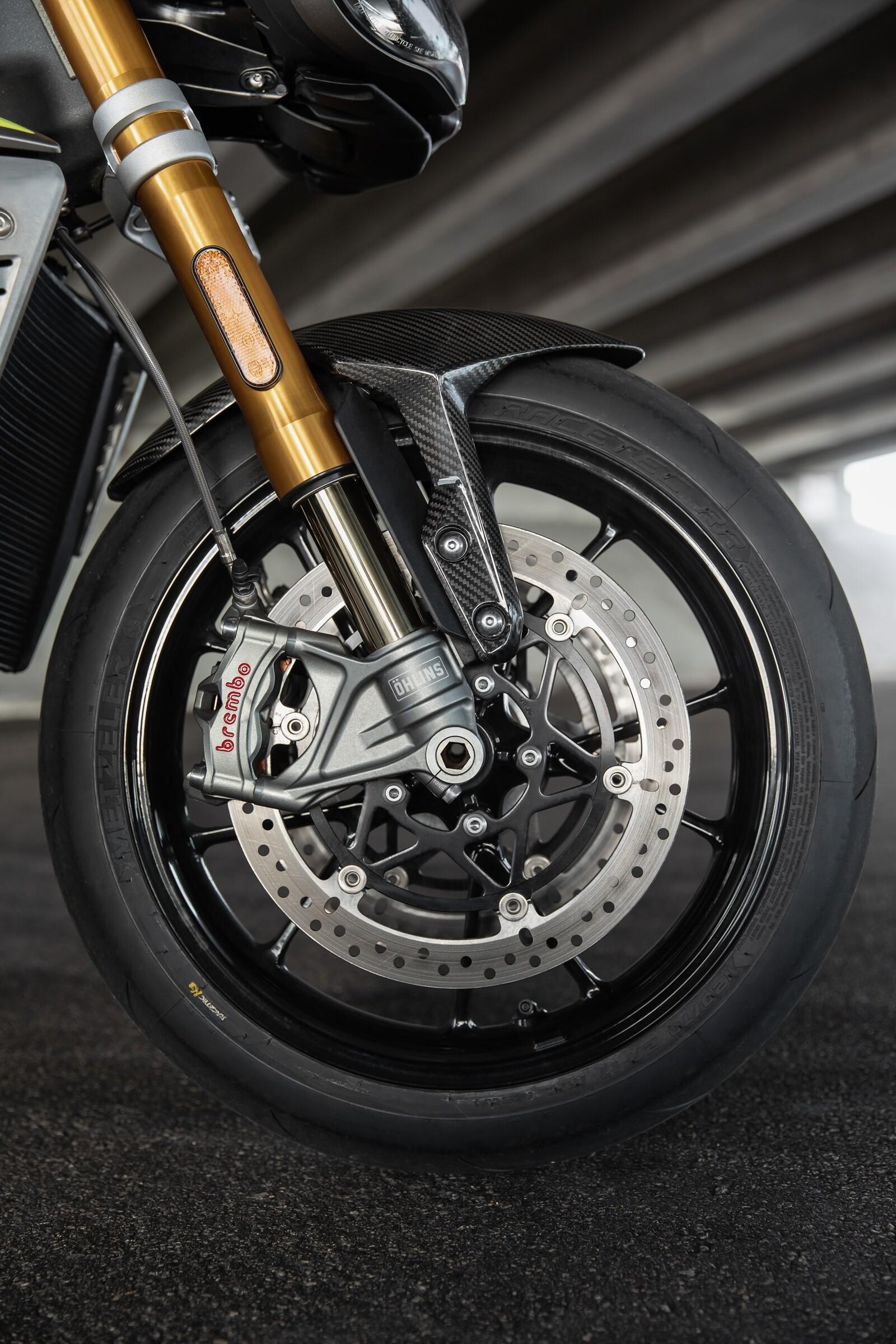 Foto de Triumph Speed Triple 1200 RS 2021 (15/71)