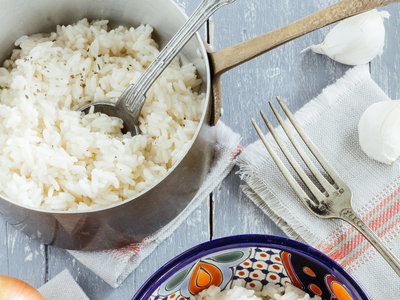 ¿Cómo preparar arroz blanco? Receta básica