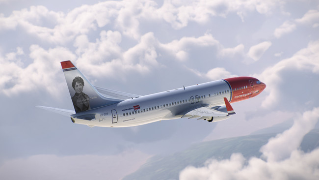 Norwegian Le Dedica Un Avion A Rosalia De Castro