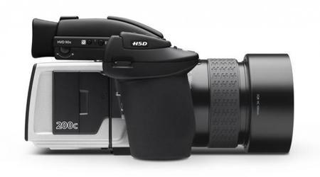 Hasselblad ha presentado dos nuevas cámaras de formato medio multidisparo: una de ellas de 200 Mpx