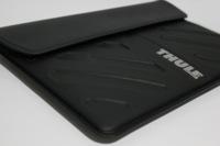 Funda Thule Molded EVA para MacBook Air, la funda para portátil que usaría Batman