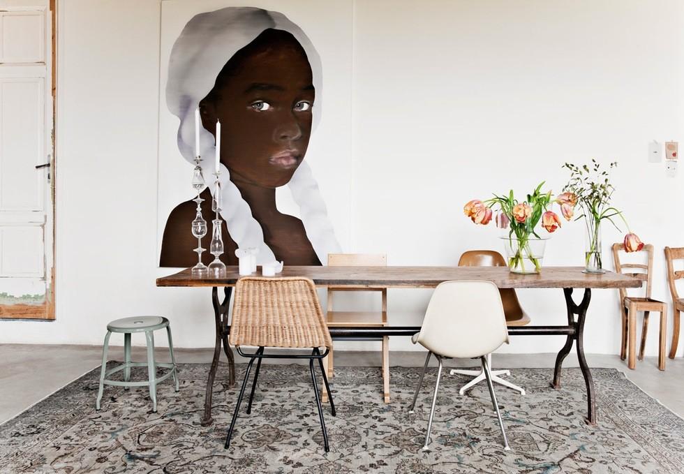 Siete ejemplos de mesas de comedor con sillas diferentes
